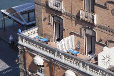 Appartamento a Sorrento - Appartamento Gilda's House con Terrazzi Privati, Vista Mare, Aria Condizionata, Fronte Spiaggia