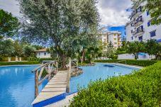 Appartamento a Sorrento - Appartamento Amore con Piscina Condivisa, Terrazzi, Aria Condizionata e Giardino
