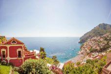 Villa a Positano - Villa del Vescovo con Piscina Riscaldata, Vista Mare, Cuoco e Colazione Ideale per Matrimoni