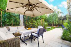 Appartamento a Sorrento - Appartamento Sorrento Suite de Charme con Terrazze, Giardino, Aria Condizionata e Internet Wi-Fi