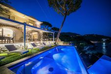 Villa in Nerano - Luxury Villa Ibiscus 1 with Infinity Private Pool, Sea View, Over the Sea, Parking, Breakfast