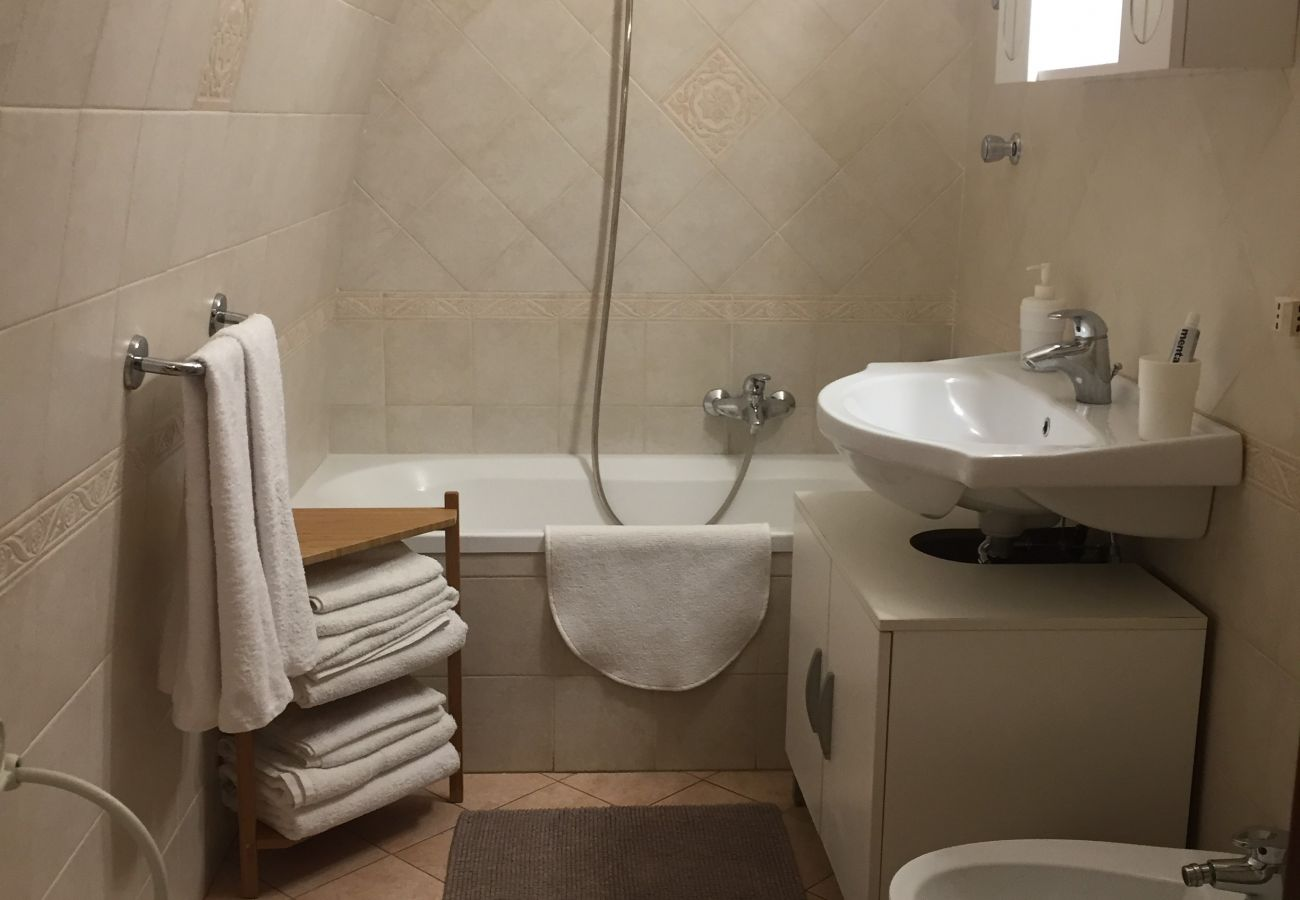 Apartment in Sorrento - AMORE RENTALS - Era's House with Air Conditioning and Internet Wi-Fi