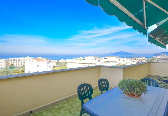 in Sorrento - Sorrento Sunset Flat with Sea View, Private Terrace, Parking and Air Conditioning