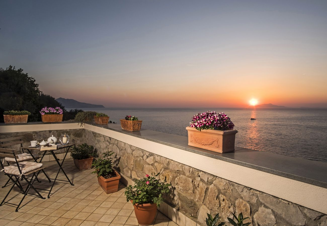 Villa in Massa Lubrense - Villa Valentina with Private Swimming Pool, Sea View, Terrace and Air Conditioning