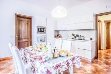 Apartment in Sorrento - Maison Palazzo Correale with Private Parking and Air Conditioning