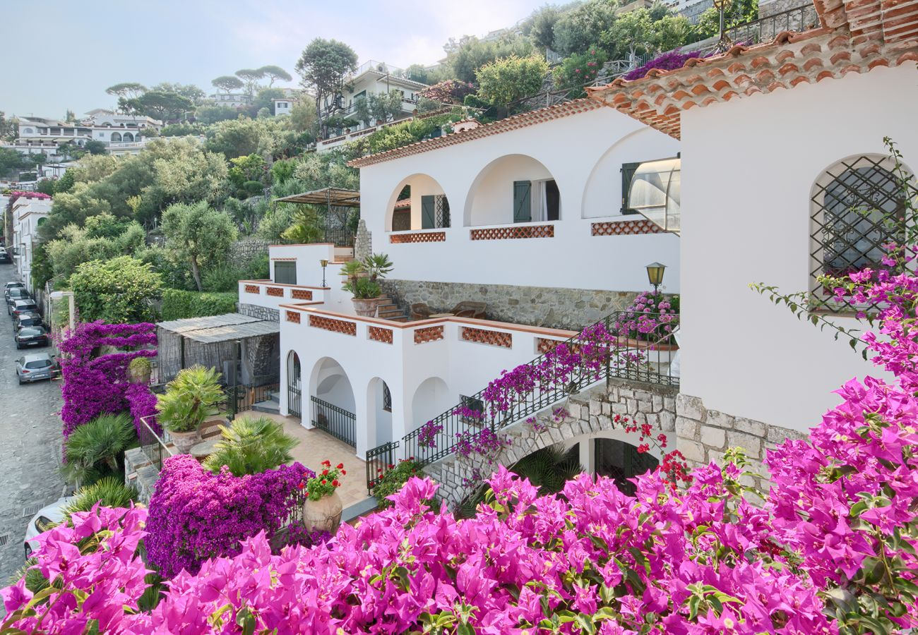 Villa in Massa Lubrense - Villa Ortensia with Private Pool, Sea View, Near the Sea