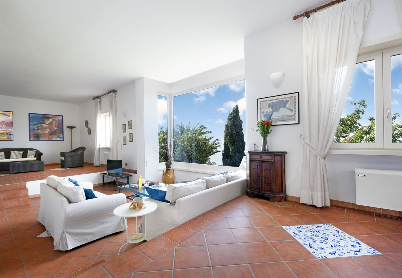 Villa in Sorrento - AMORE RENTALS - Villa La Selva with Sea View, Private Terrace and Parking