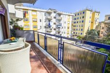 Apartment in Sorrento - Sunny Apartment with Air Conditioning, Wi-Fi and Balcony in the main Center of Sorrento