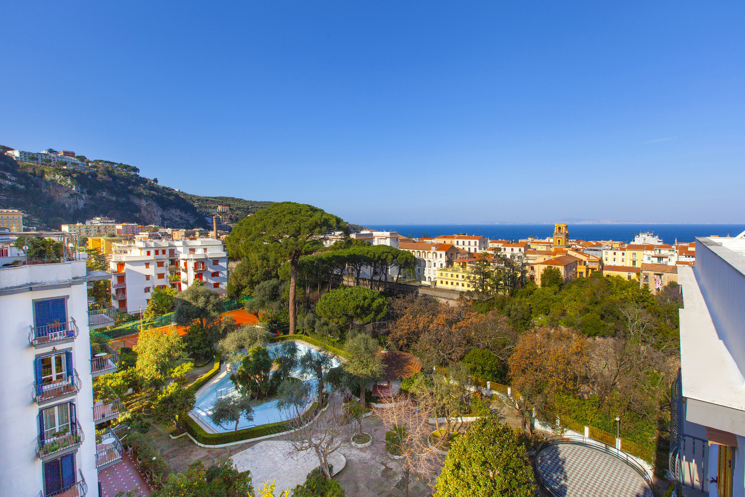 Carmela Apartment With Shared Pool Air Conditioning Heating In The Main Center Of Sorrento