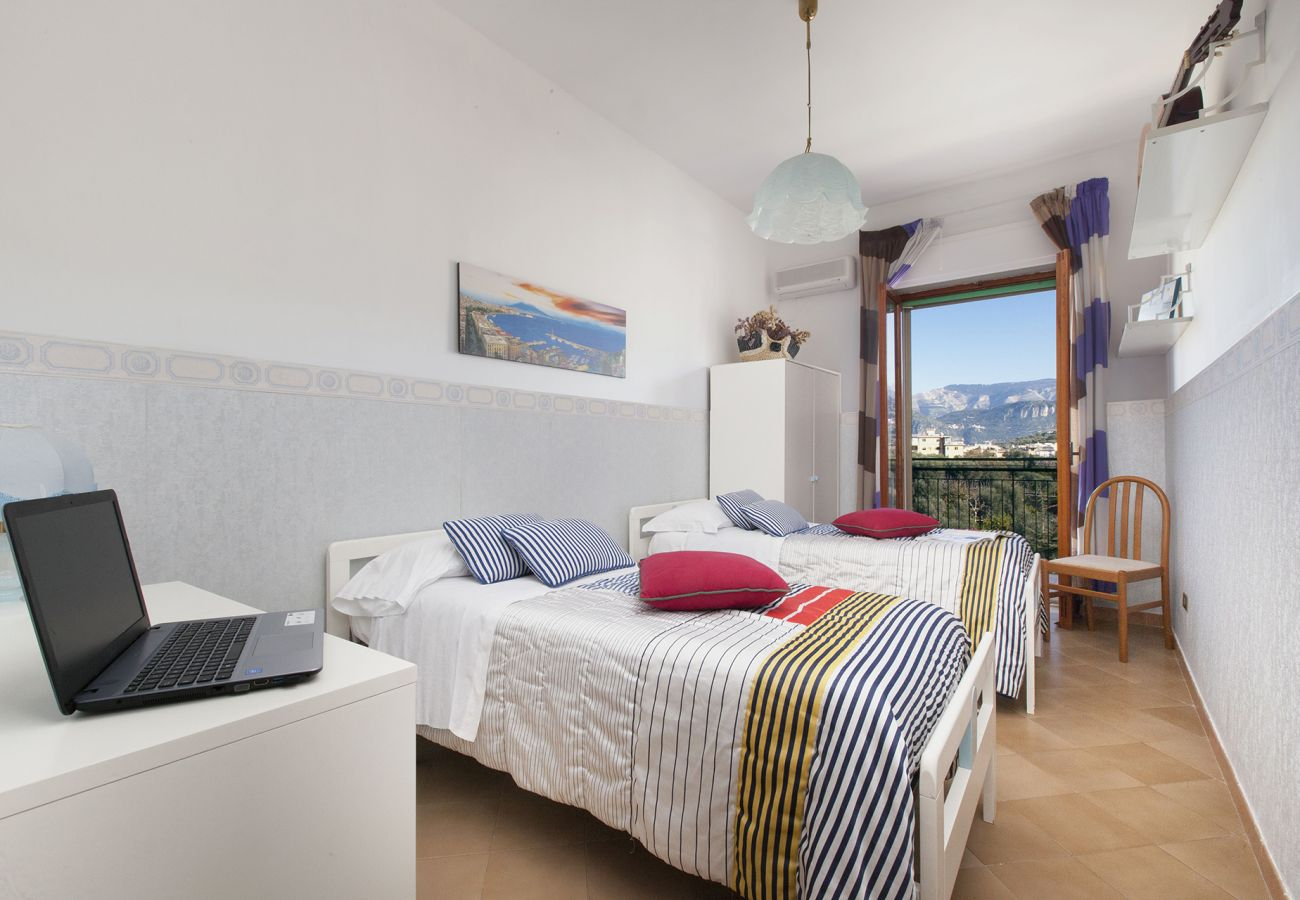 Apartment in Sorrento - Apartment Orazio with Private Terrace, Air Conditioning, WI-FI, Town Center
