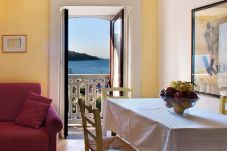 Apartment in Sorrento - Apartment Porto A with Sea View, Near the Beach