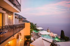 Villa in Positano - Villa Zeus with private Pool, Sea View, Terraces and Air Conditioning