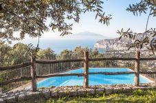 House in Sorrento - Casa La Giuggiola with Private Pool, Sea View, Garden and Parking
