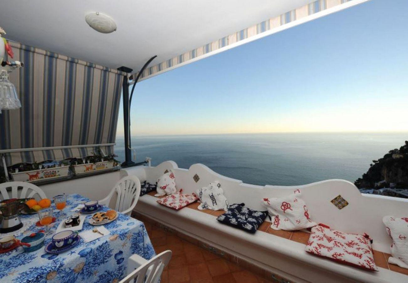House in Positano - AMORE RENTALS - Casa Mara with Sea View and Private Terrace in Positano Centre
