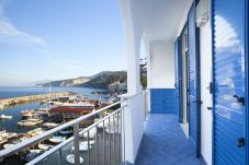 House in Massa Lubrense - Casa Il Tetto Azzurro Sea Front with private Terrace and Parking