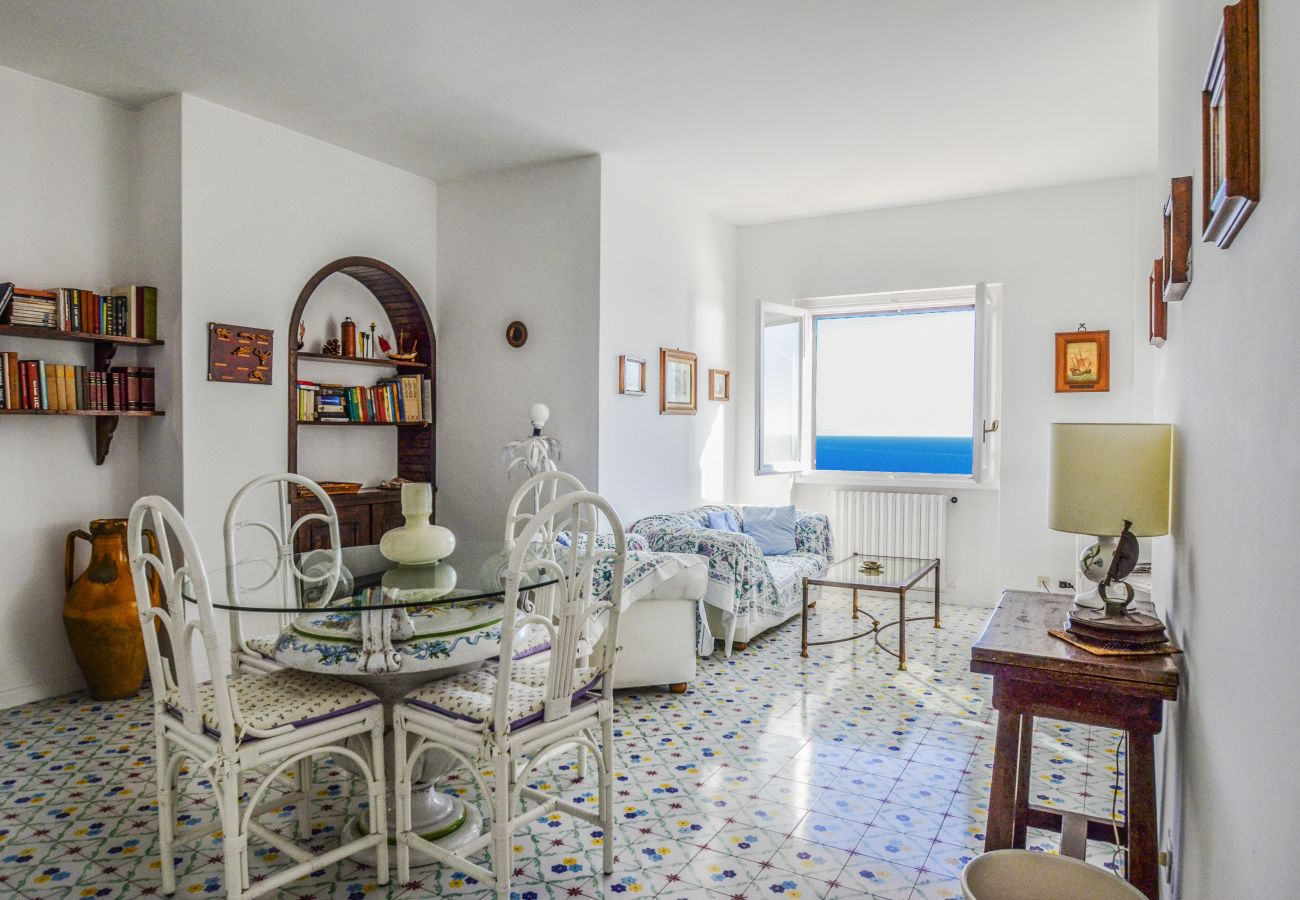 House in Praiano - Casa Moressa with Sea View, Parking and Direct Sea Access