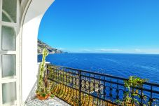 House in Praiano - Casa Giosy with Sea View, Parking and Direct Sea Access