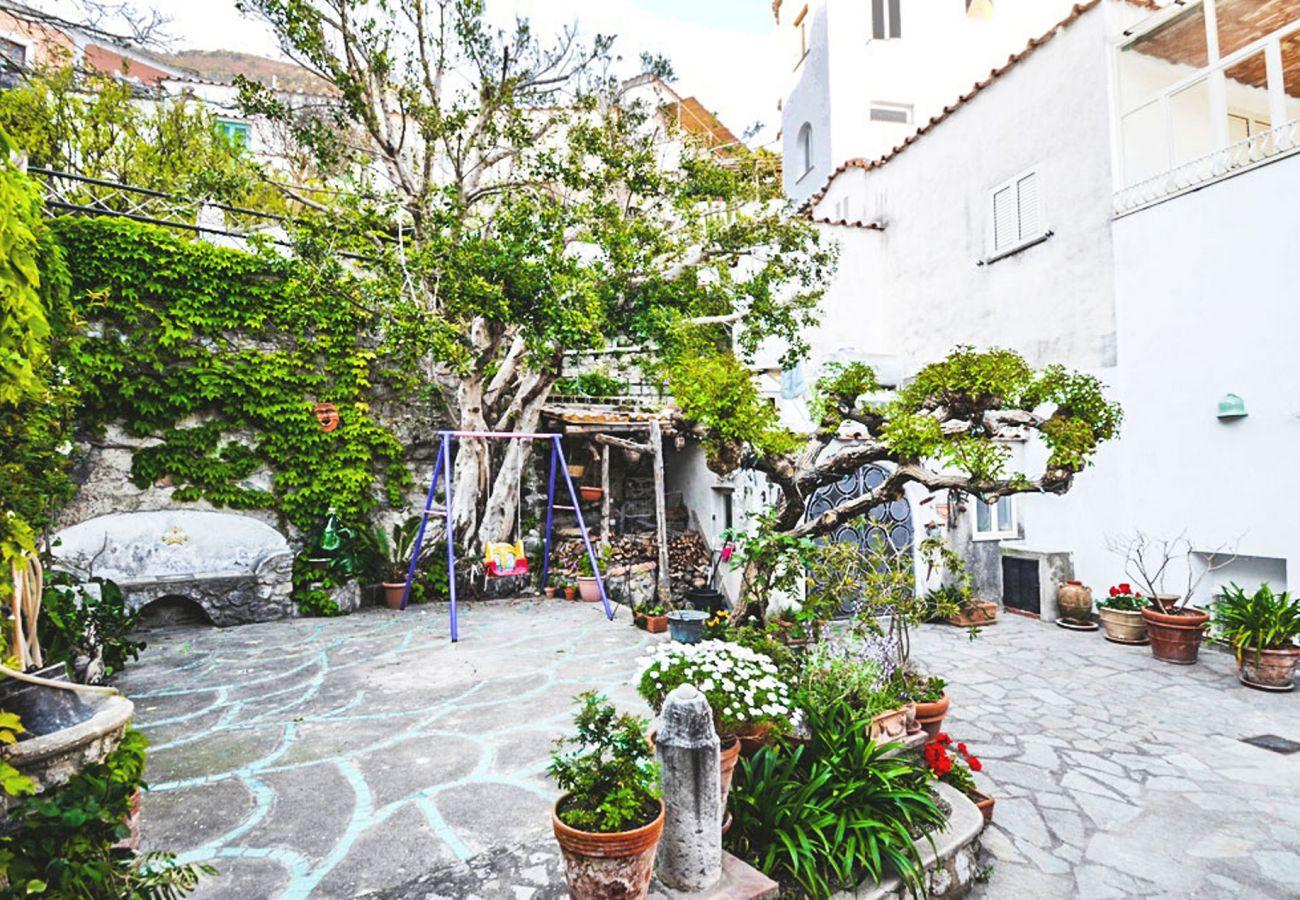 Apartment in Positano - Appartamento Cosy with Terrace in Positano Center