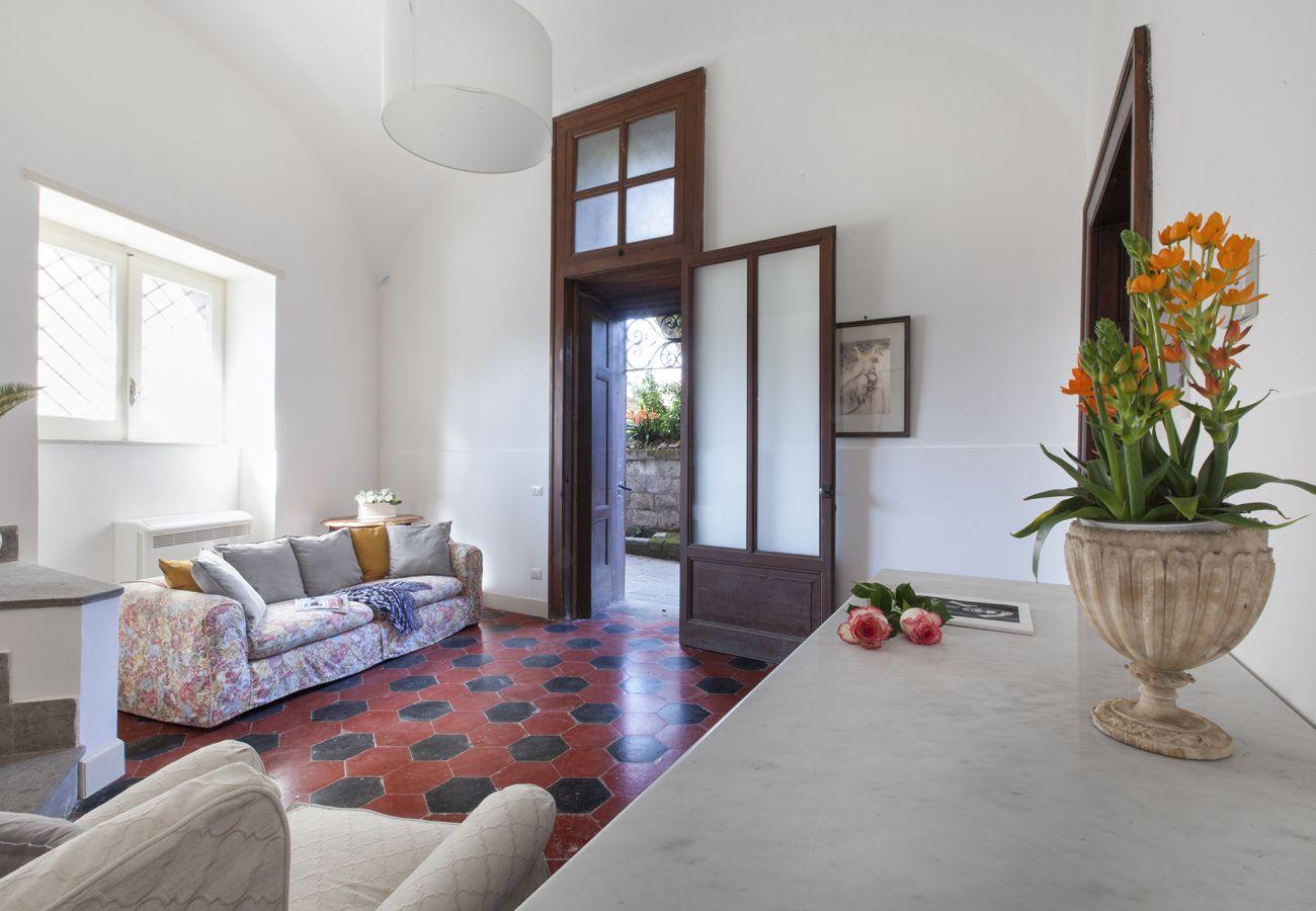 Villa in Piano di Sorrento - Villa Il Principe with Garden, Terraces and Parking