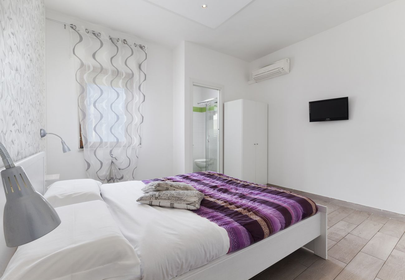 Apartment in Sorrento - Appartamento Central A with Air Conditioning and Heating