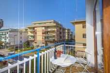 Apartment in Sorrento - Appartamento Central B with Air Conditioning and Heating