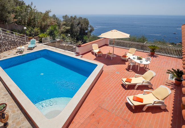 Villa/Dettached house in Nerano - Villa Luciana with Private Pool, Terrace, Parking and Sea View