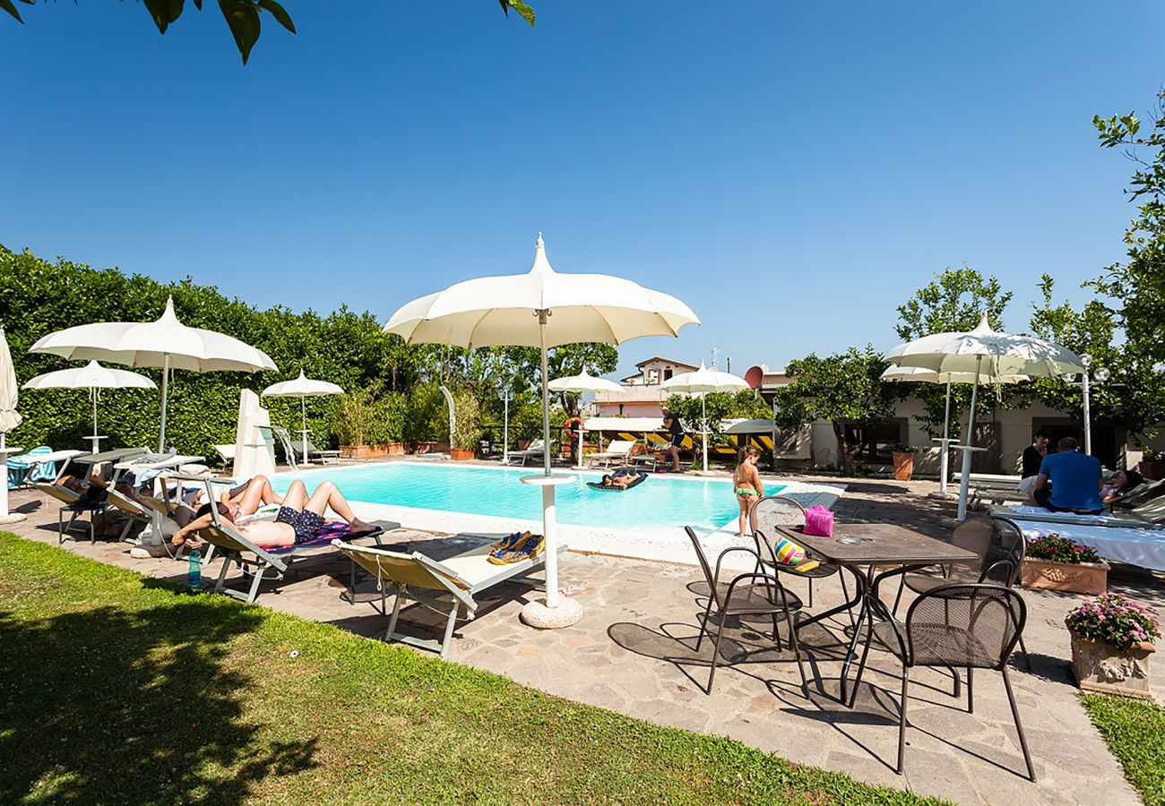 House in Sorrento - Casa Limoneto with Shared Pool, Garden, Terraces and Parking