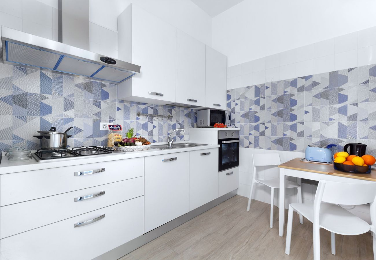 Apartment in Sorrento - AMORE RENTALS - Appartamento Tramontano with Air Conditioning and Internet WI-FI