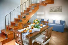 Apartment in Vico Equense - Appartamento Filomena with Garden, Parking and Air Conditioning