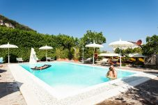 Villa in Sorrento - Villa Limoneto E with Shared Pool, Garden, Private Terrace and Parking