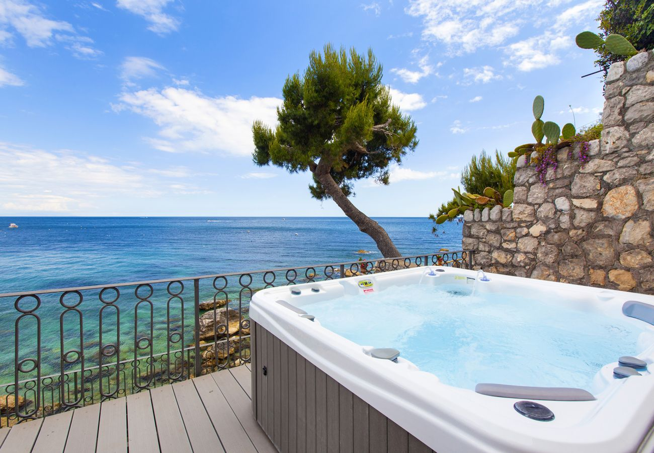 House in Nerano - Casa Giovanna B with Terraces, Jacuzzi, Sea View and Direct Sea Access