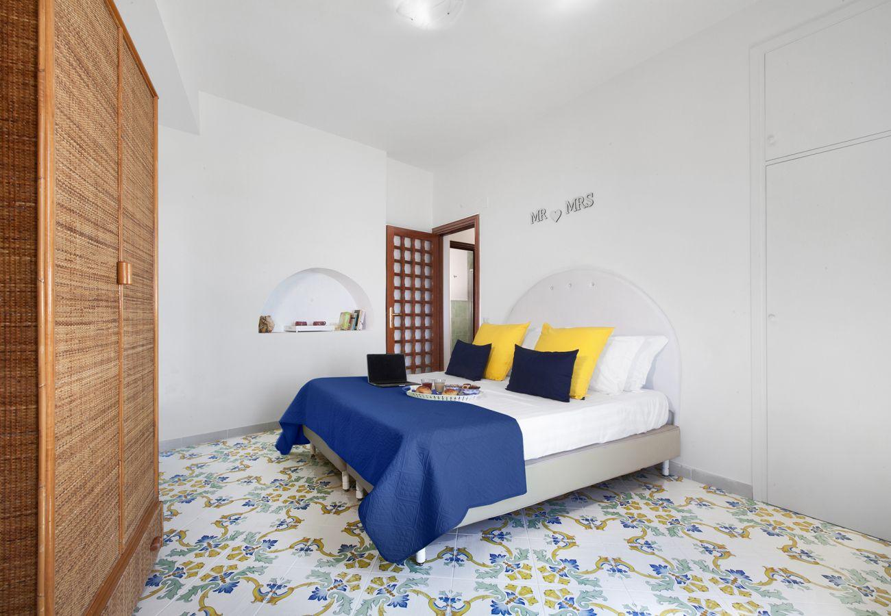 Villa in Nerano - Villa Giovanna with Terraces, Jacuzzi, Sea View and Direct Sea Access