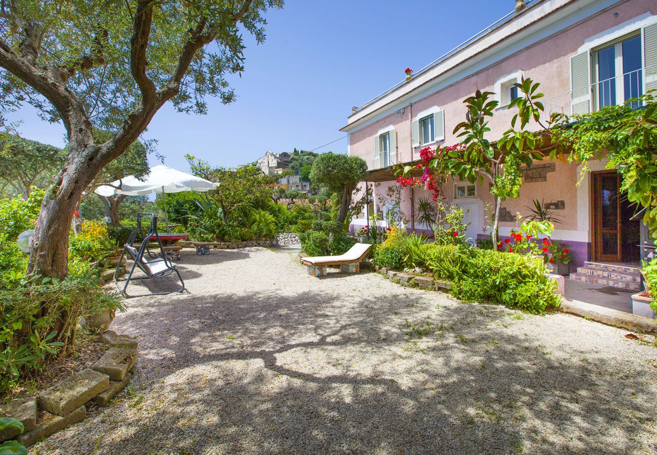 Villa in Massa Lubrense - Villa Imma with Private Swimming Pool, Sea View and Parking