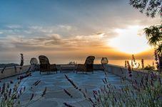 House in Sorrento - Casa Rufoletta with Jacuzzi, Sea View, Terrace e Breakfast