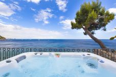 House in Massa Lubrense - Casa Giovanna C with Terraces, Jacuzzi, Sea View and Direct Sea Access