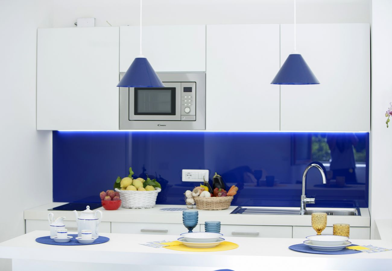 Apartment in Sorrento - Sara Home with Private Terrace, Air Conditioning and Internet Wi-Fi
