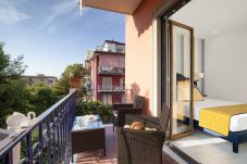 Apartment in Sorrento - Sara Home 1 with Private Terrace, Air Conditioning and Internet Wi-Fi
