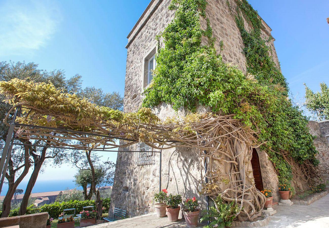 Villa in Massa Lubrense - Villa Stella with Private Swimming Pool, Sea View, Terraces and Parking