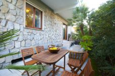 Apartment in Sorrento - Appartamento Sorrento Suite de Charme 2 with Terrace, Air Conditioning and Internet Wi-Fi
