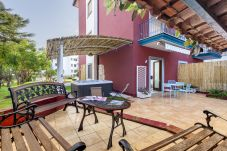 Apartment in Sorrento - Appartamento Davins with Jacuzzi, SPA Area, garden, Terrace and Air Conditioning
